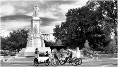 Pedicabs and Peace Monument, U.S. Capitol West...