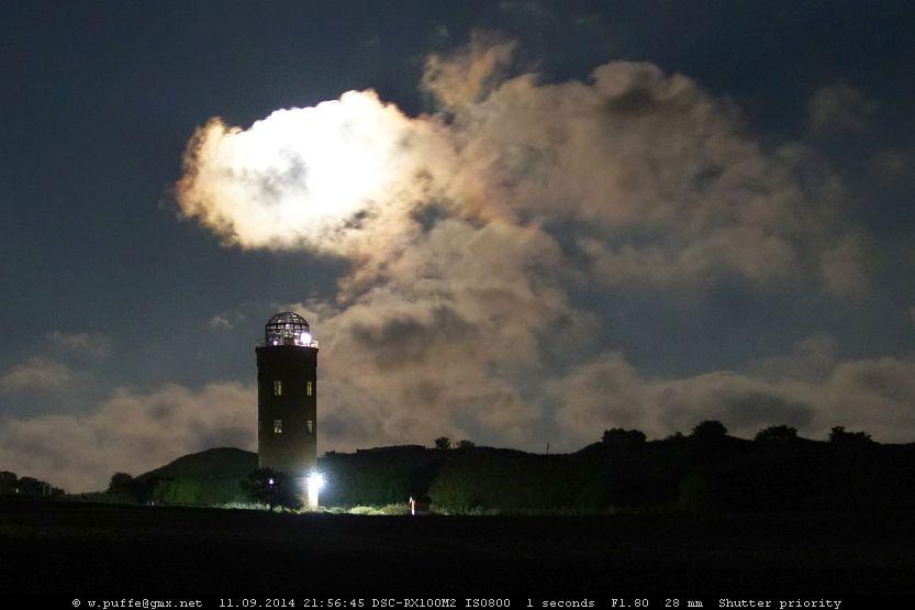 Peilturm Arkona und Mond