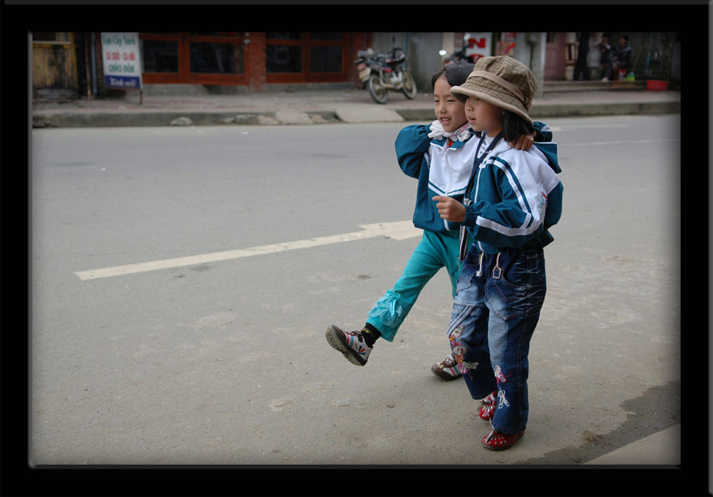 People of Vietnam - Home from School