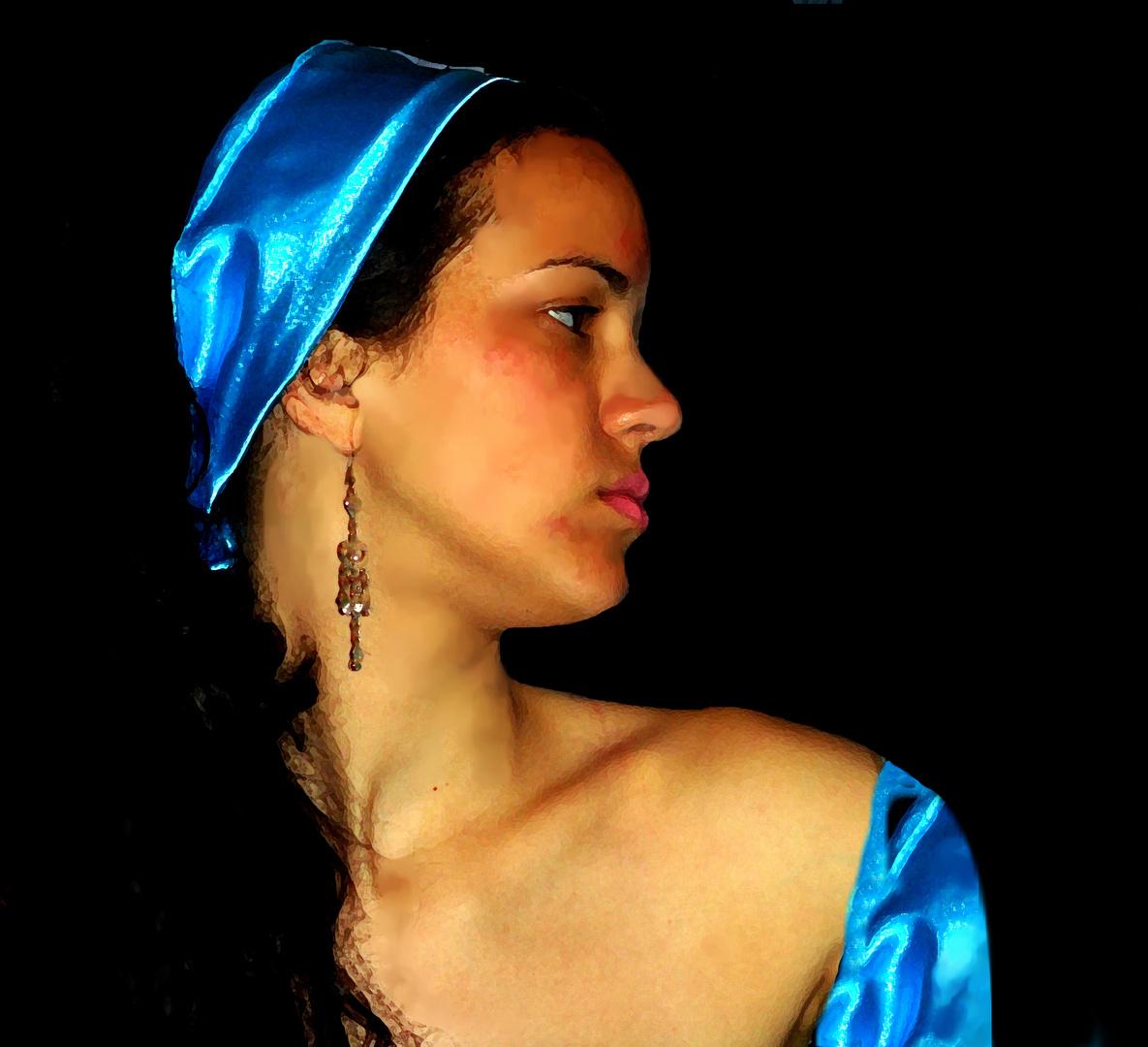 Perfil y azul intenso