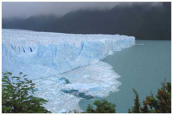Perito-Moreno-Gletscher - Dichtung und Wahrheit