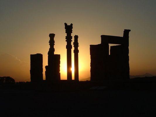 Persepolis by night