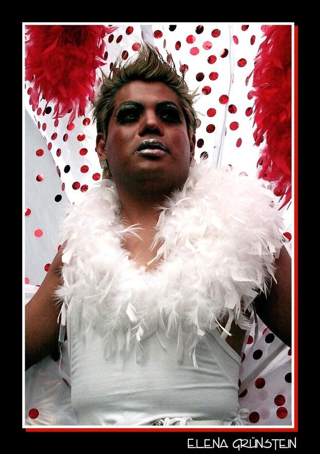 Personajes del gay parade México VIII