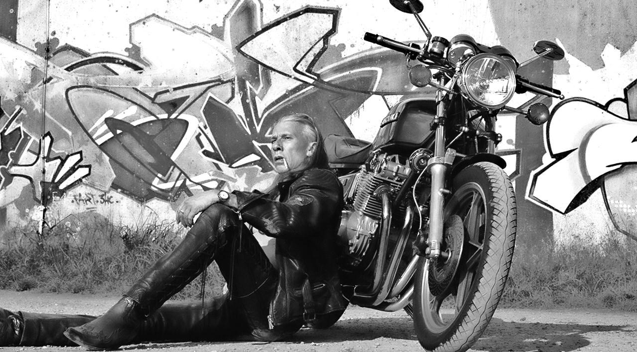 Personal Trainer Wolf - Biker Mode Leder
