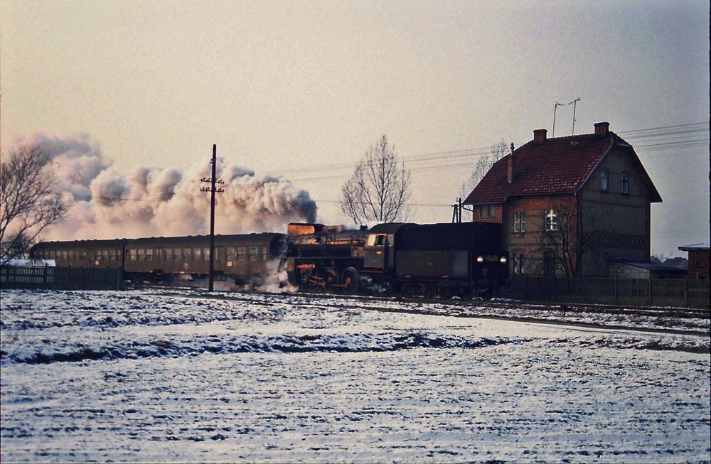 Personenzug bei Zodyn ( stillgelegt )