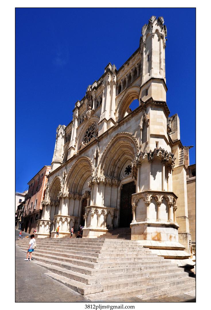 Perspectiva gótica.....(Cuenca)