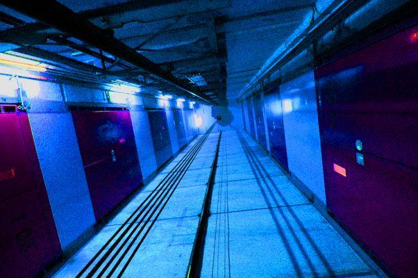 Perspektive im Fahrstuhlschacht