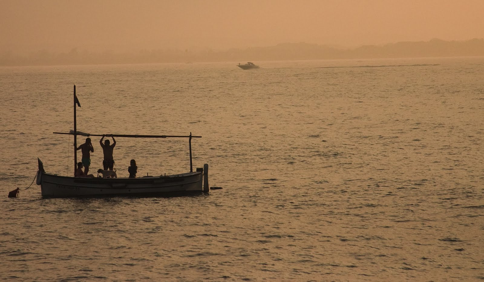 Pescando al lado de les Illes Medes