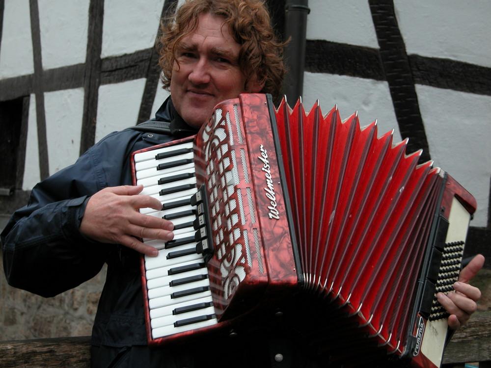Peter Weiß - Akkordeonist der besonderen Art