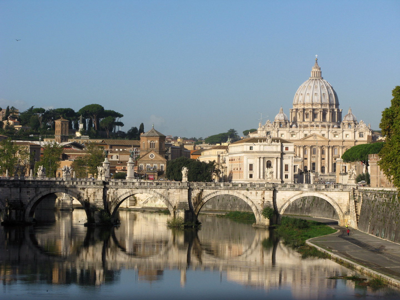 Petersdom mit Tiberbrücke