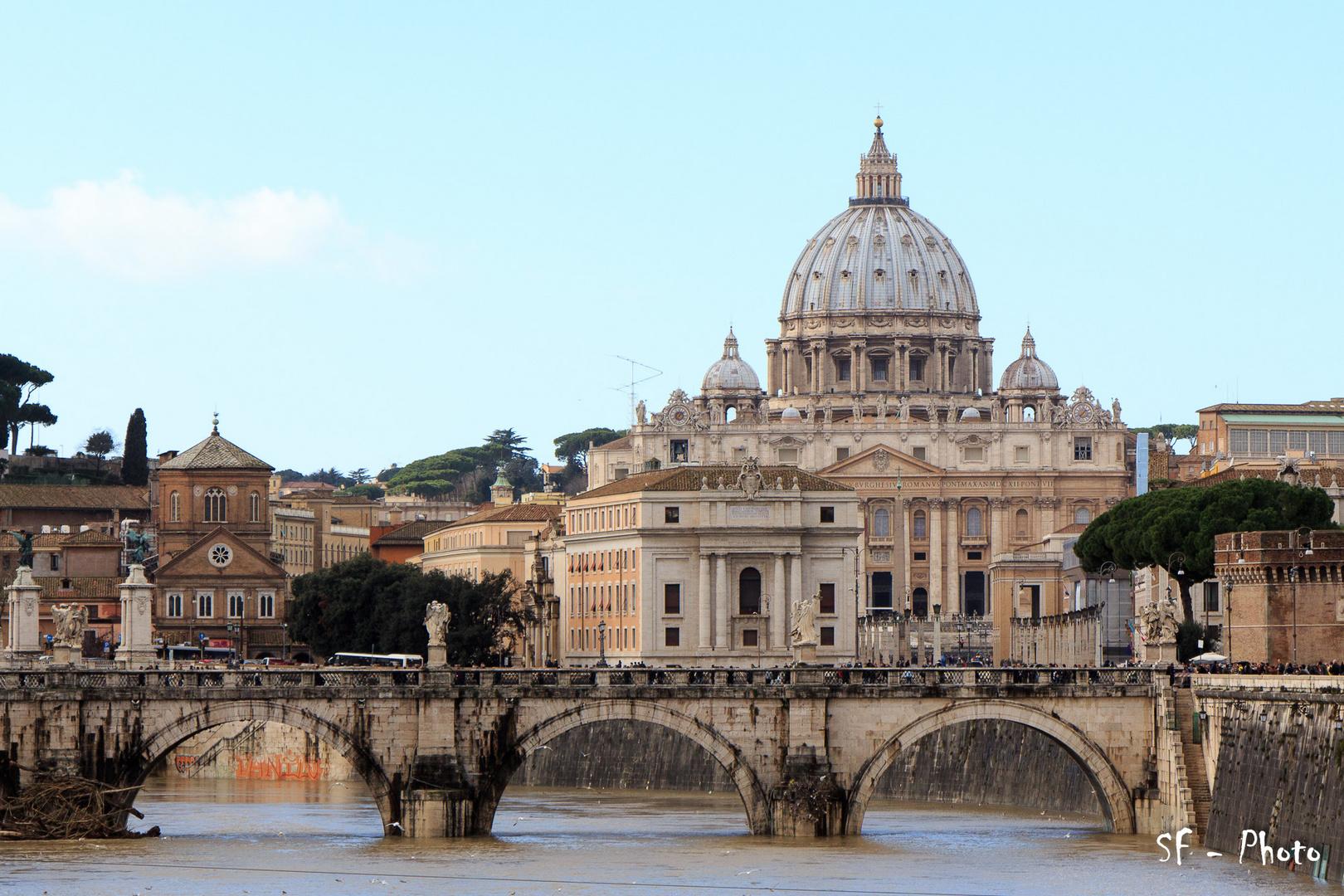 Petersdom und Engelsbrücke