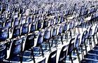 Petersplatz - people listening the pope 2