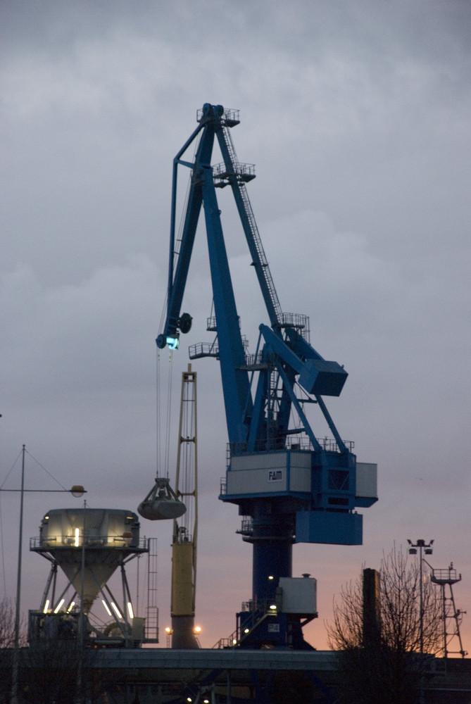 Petit matin au port de pêche...
