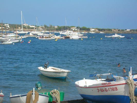 petit port de Cadaquès - espagne