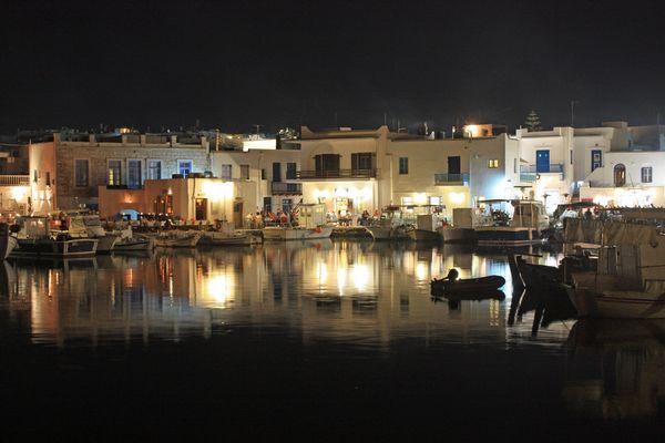 Petit port de Naoussa