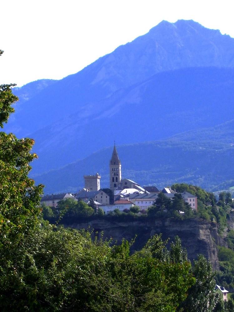 Petit Village Perché