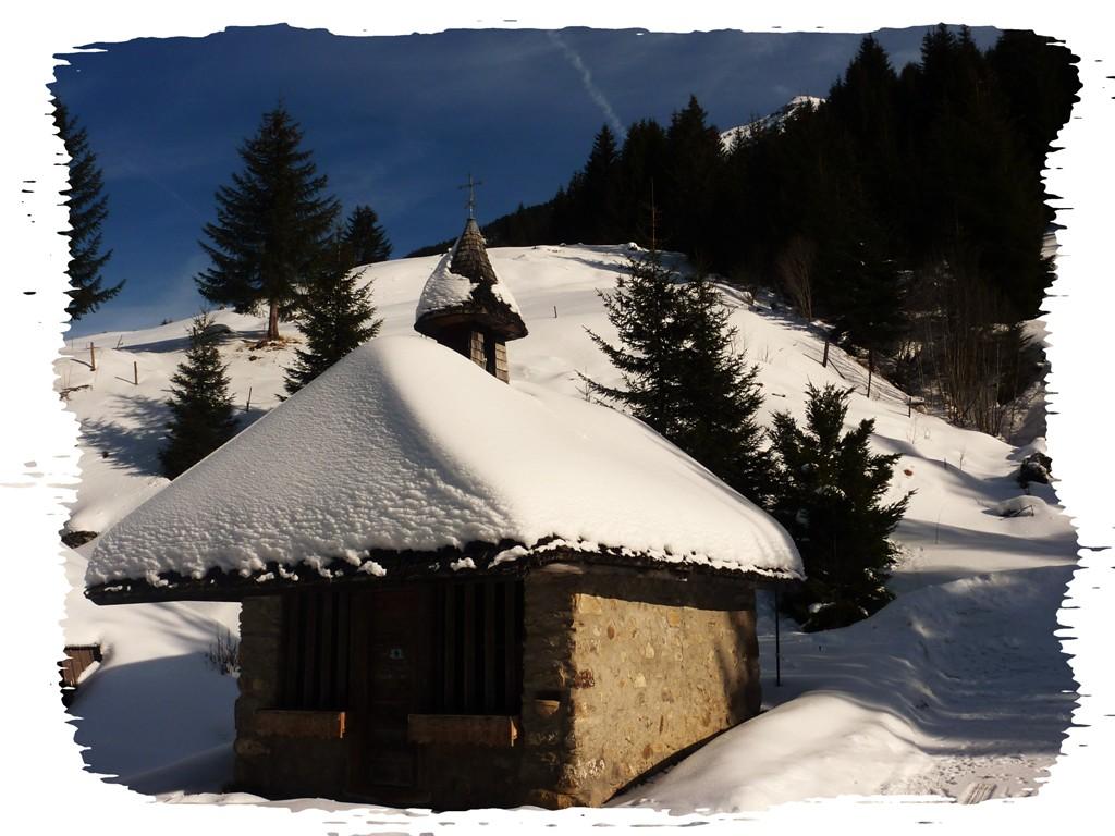 Petite chapelle de montagne