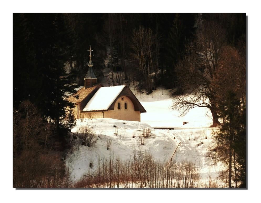 petite chapelle près du lac de la Chèvrerie (hte-savoie)