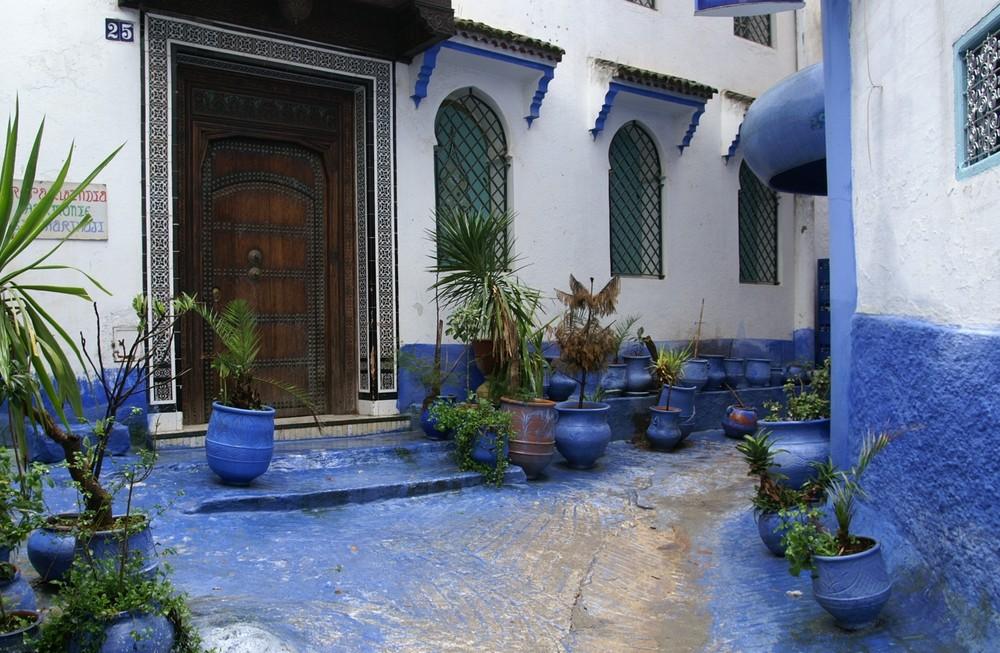 Petite cour bleu
