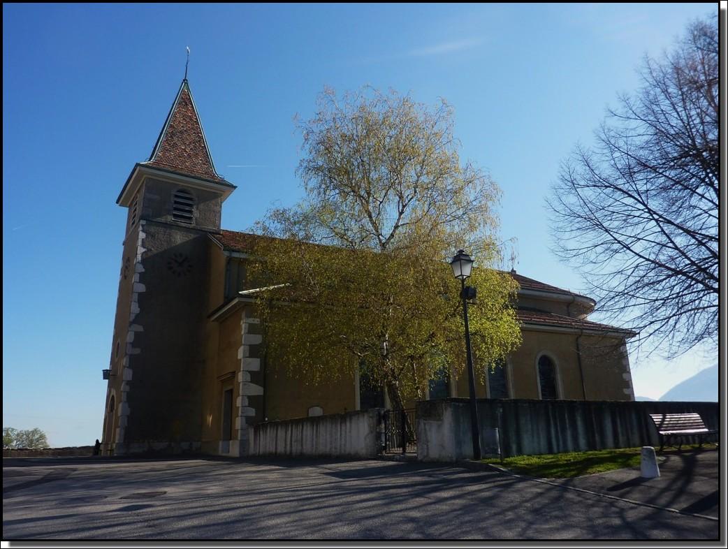 Petite église de campagne (canton de Genève)