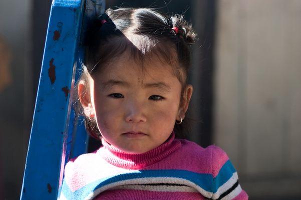 Petite fille écolière