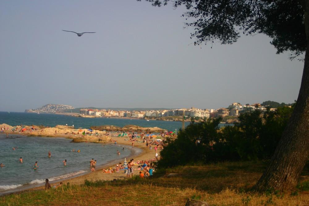Petite plage tranquille...