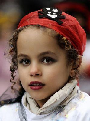 """Petite princesse """"pirate"""" au défilé..."""
