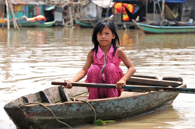 Petite rameuse du Cambodge