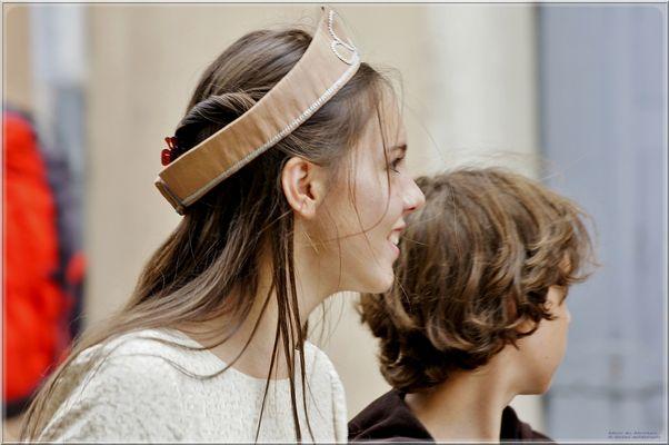 Petite reine aux Médiévales