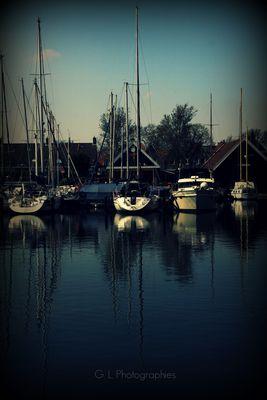 Petits bateaux sur l'eau