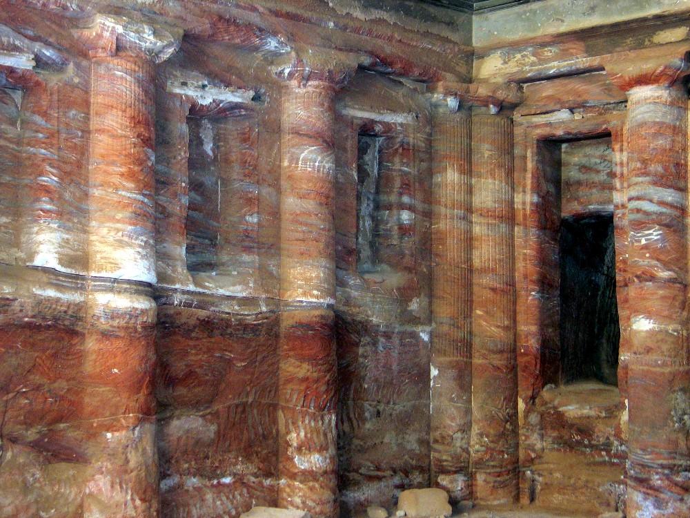 PETRA Intérieur d'un tombeau