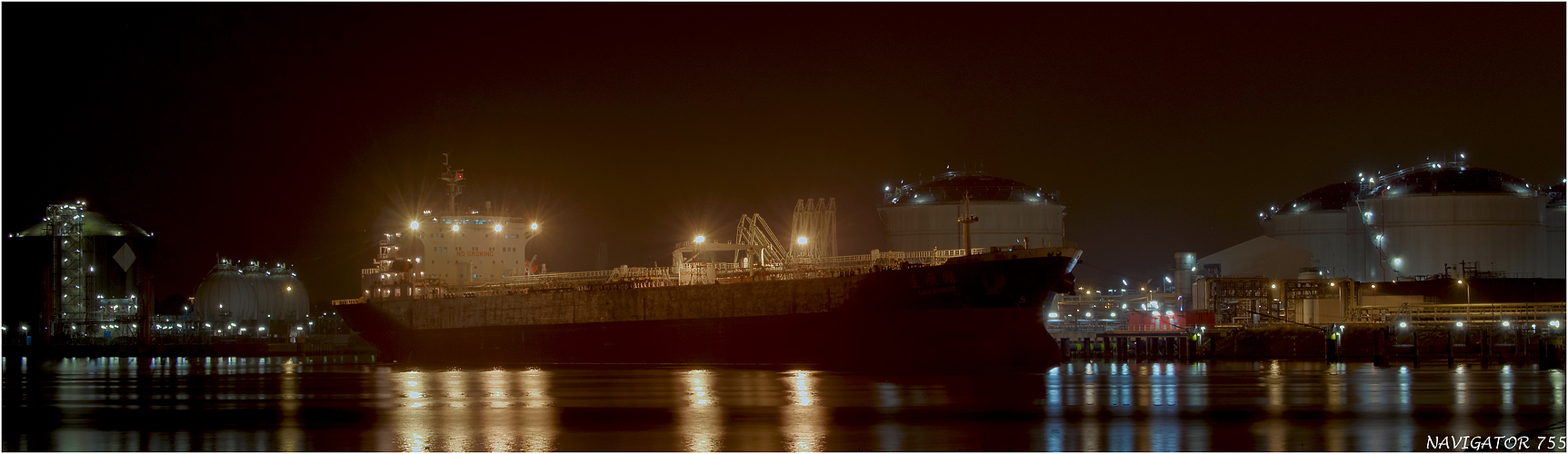 Petroleumhaven N°5 / Rotterdam