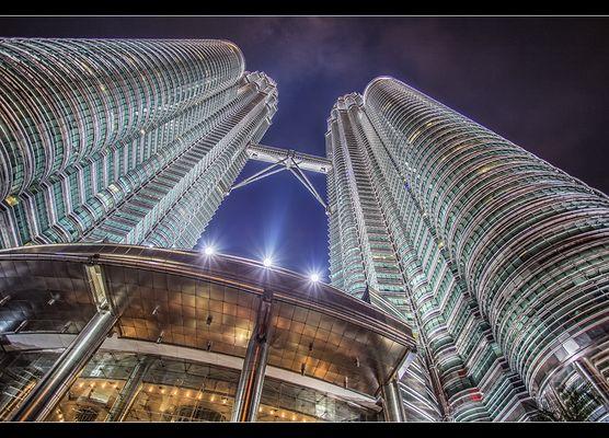 Petrona Twin Towers