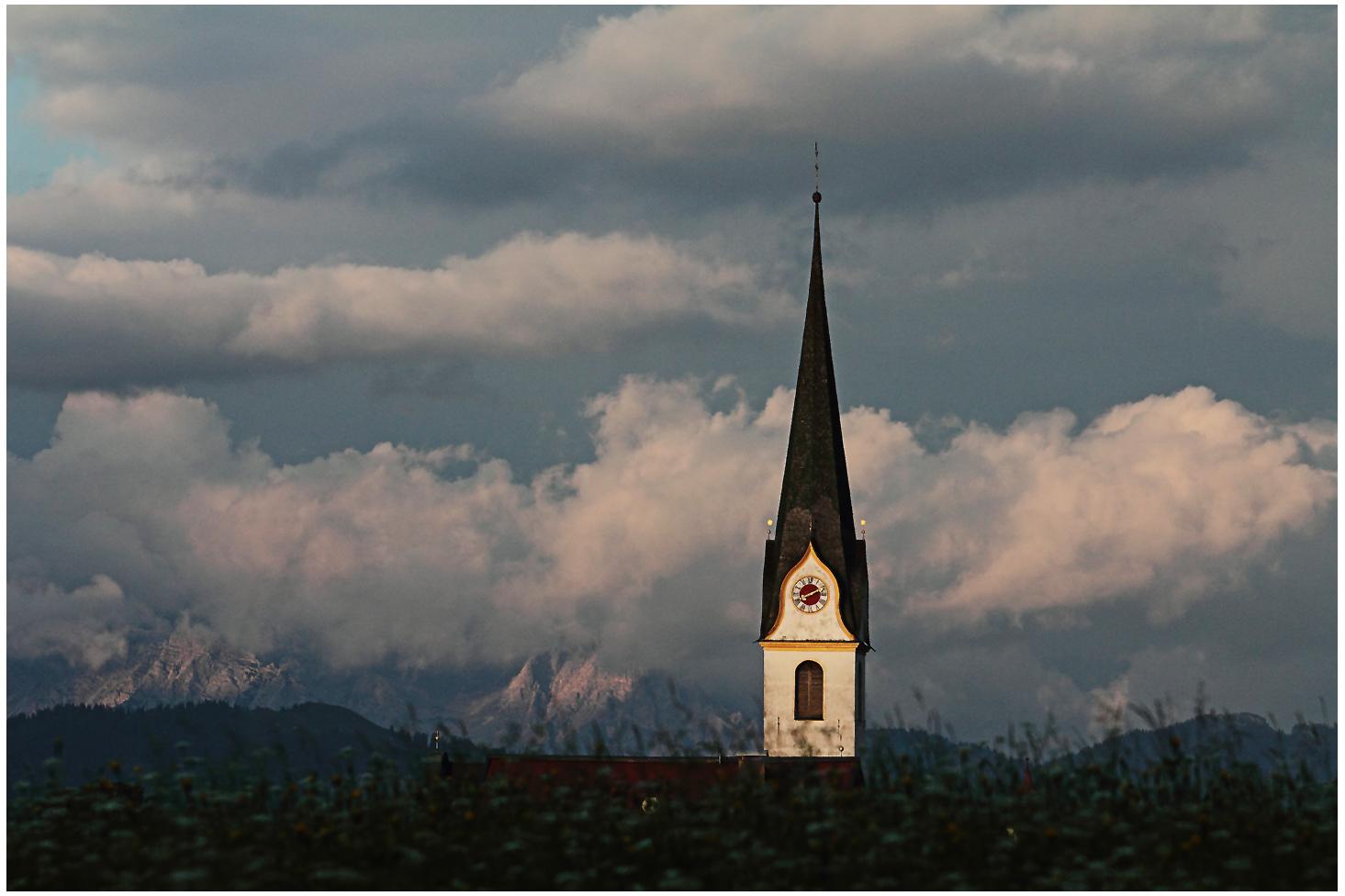 """Pfarrkirche """"Zum Hl. Michael"""" in Ellmau am wilden Kaiser"""