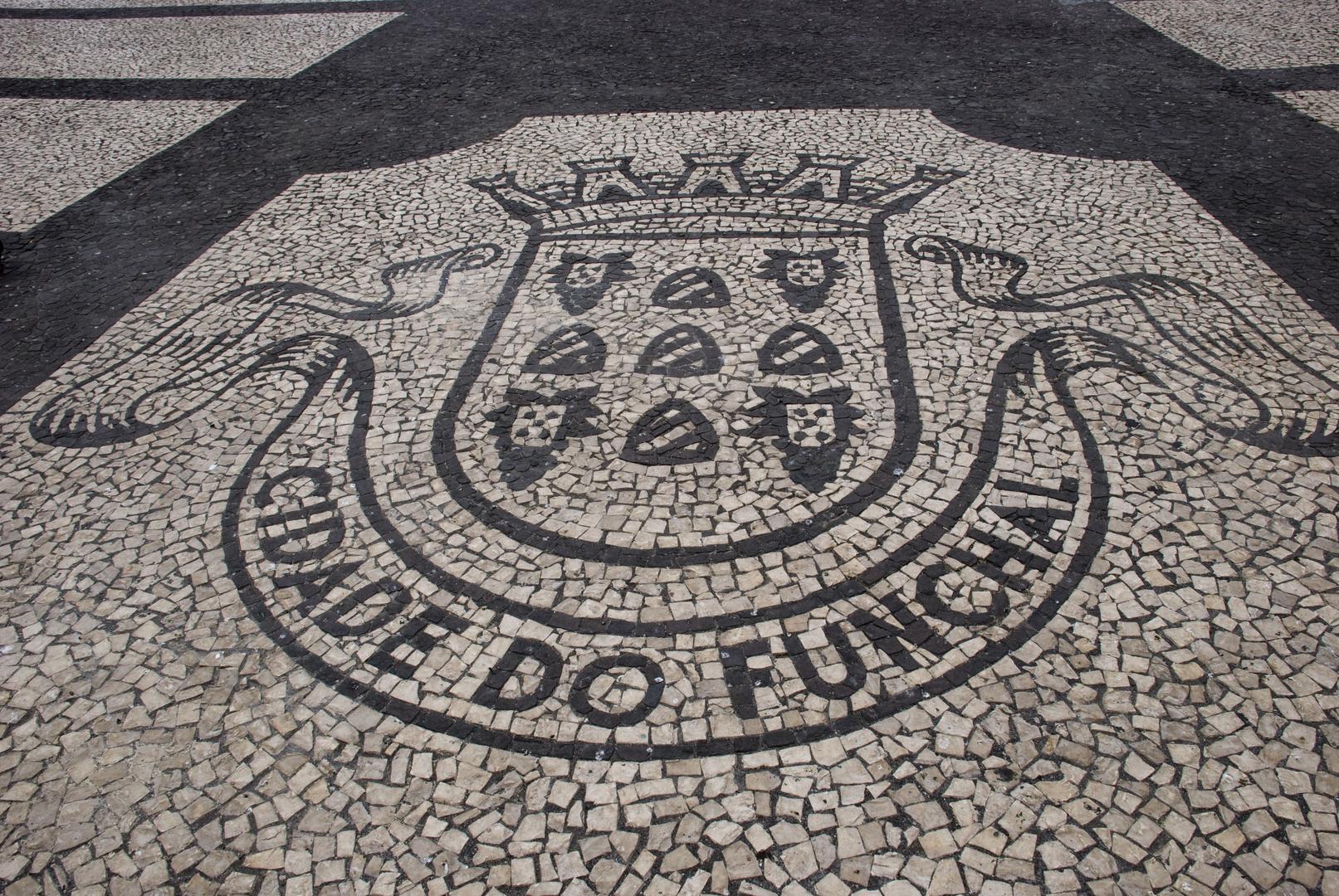 Pflasterungen auf Madeiras Plätzen