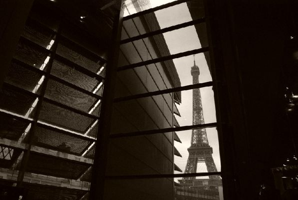 Phare Tour Eiffel 2