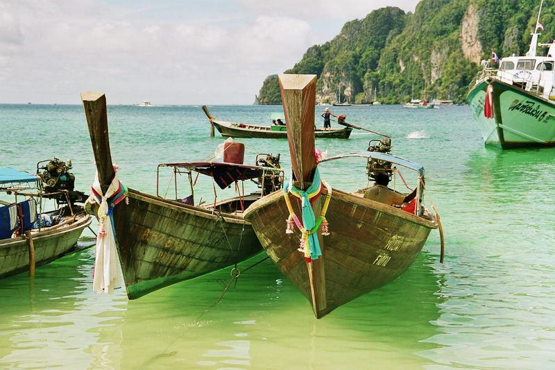 Phi Phi Island ( Thailand 2006 )