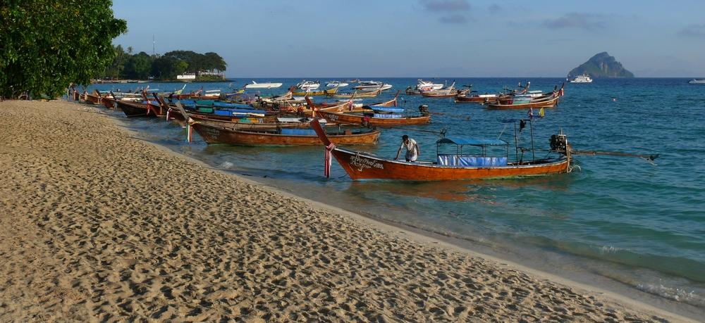 ...phi phi island...2