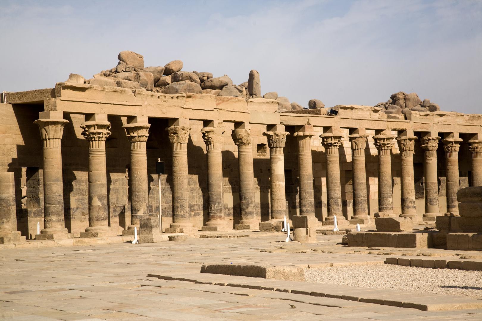 Philae Tempel Säulengang