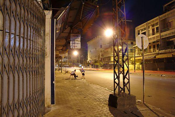 Phnom Penh City - 1 - Kondomverkäufer