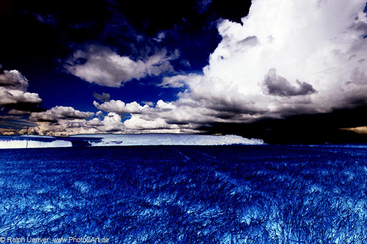 PhotoART: blue field