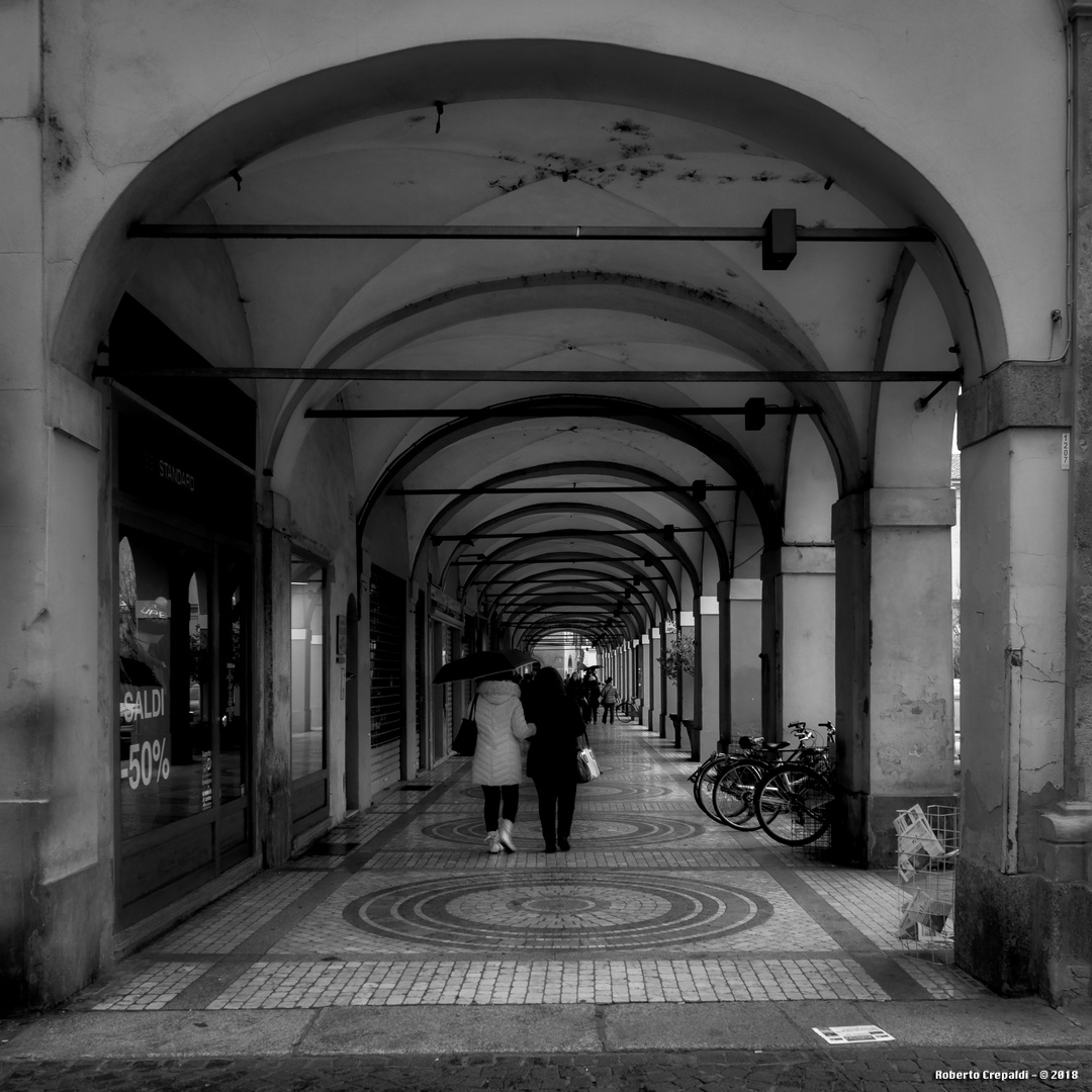 Piacenza, piazza Duomo, portici