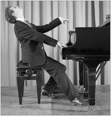 Pianist am Werke...