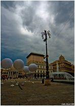 Piazza de Ferrari - Palloni al cielo