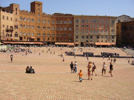 Piazza Dell Campo