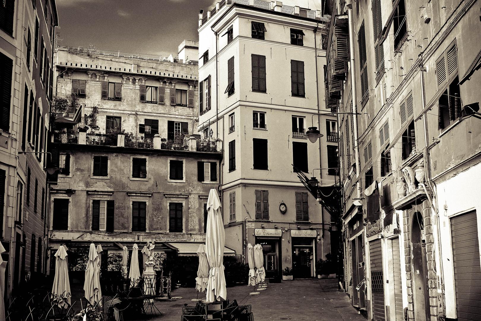 piazza delle erbe Genova