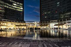 Piazza Gae Aulenti by night