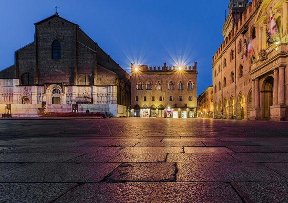 Piazza Maggiore - Bologna/Basilica di San Petronio-Palazzo dei Notai-Palazzo D'Accursio/