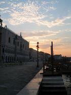 Piazza San Marco am frühen Morgen