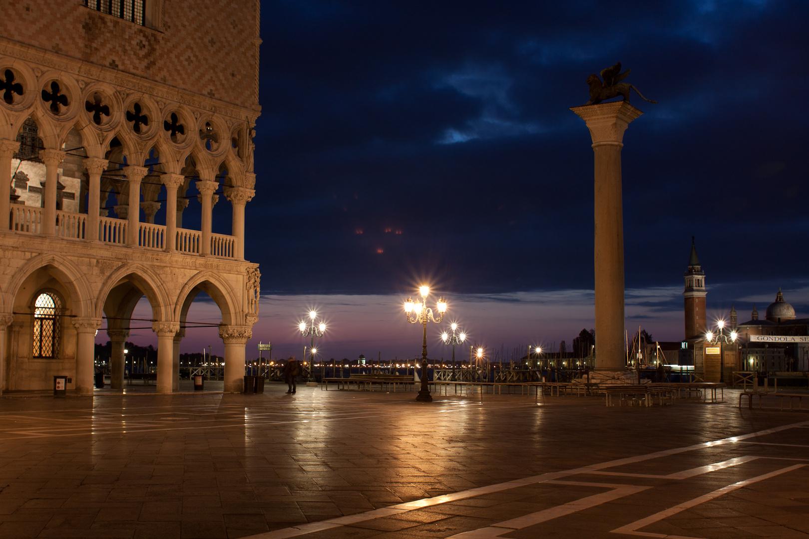 Piazzetta vor Sonnenaufgang, Venedig